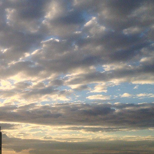 vancouver sunset ig sunsetshots sunset captures igs photos amature united allshots  world shotz hot shotz clouds myyvr v