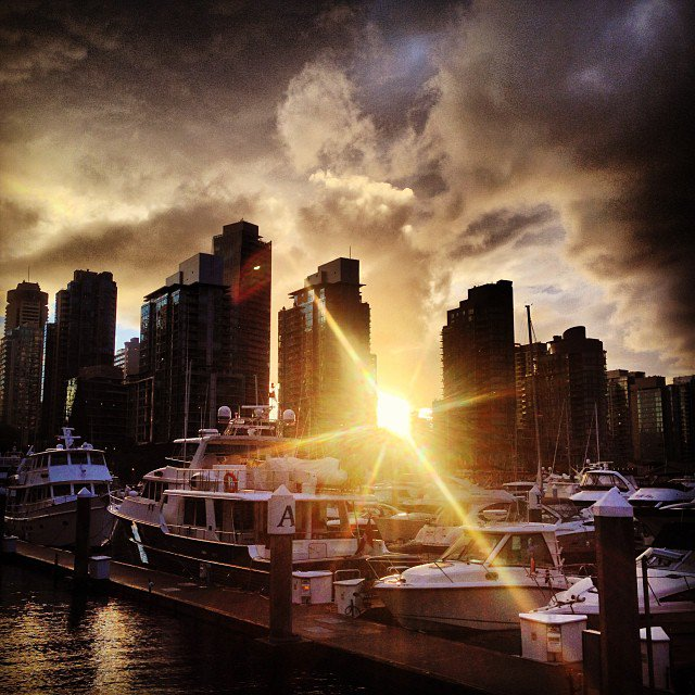 wow what a sunsetvancouver vancouverisawesome coalharbour vanarch